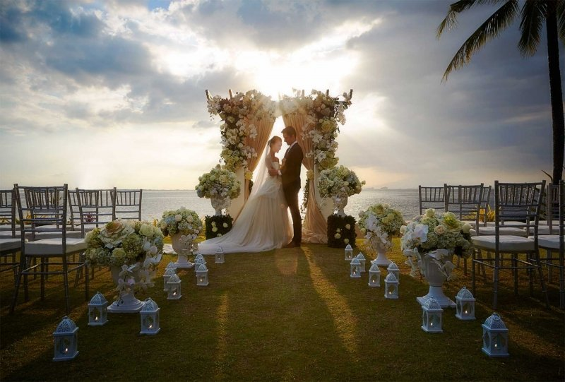15 most romantic wedding venues in the philippines for Most romantic wedding venues