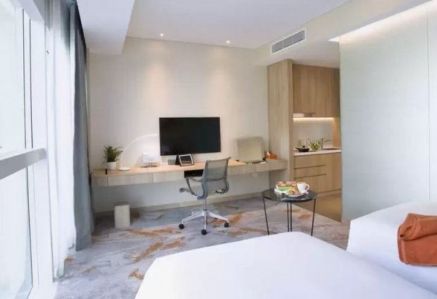 10% Off Capri by Fraser, Changi City Singapore Room Rate with HSBC