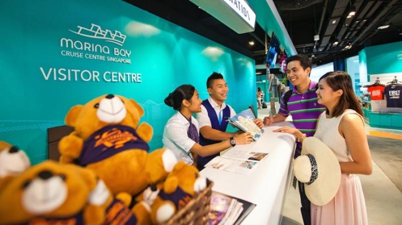 cruise passengers at marina bay cruise centre