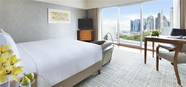 Stay to Enjoy the View of Marina Bay with Complimentary Breakfast in Fairmont