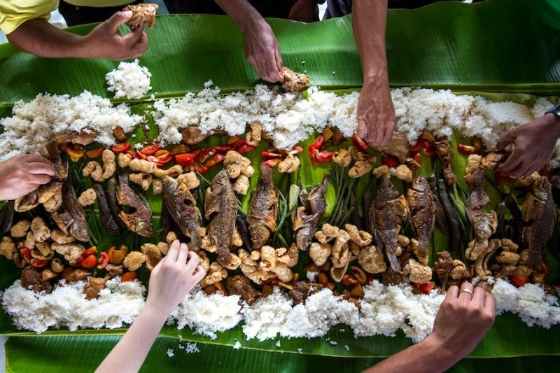 Things not to do in the Philippines: Avoid Filipino food