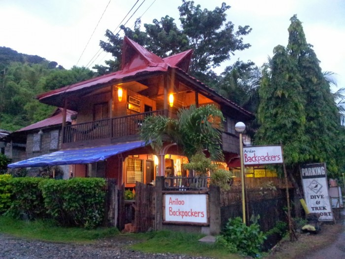 Anilao Backpackers Hostel