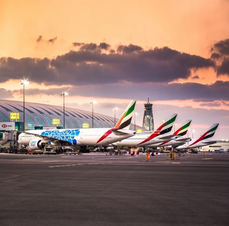 emirates resumes flights dubai reopens