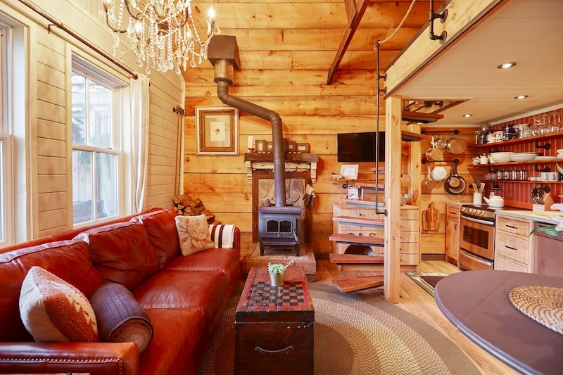 Best Airbnb Homes in Toronto, Canada