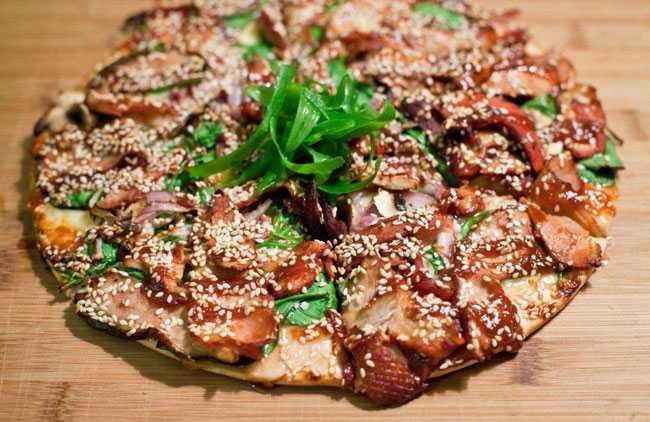 bbq kangaroo pizza
