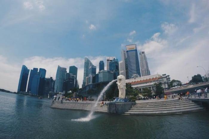 singapore budget travel