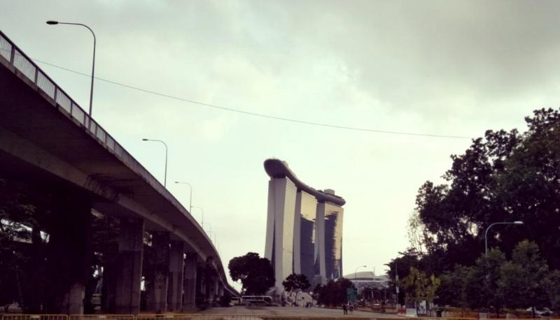 walk across singapore