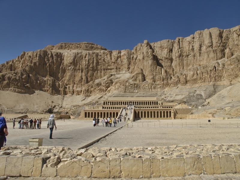 king tut tomb egypt