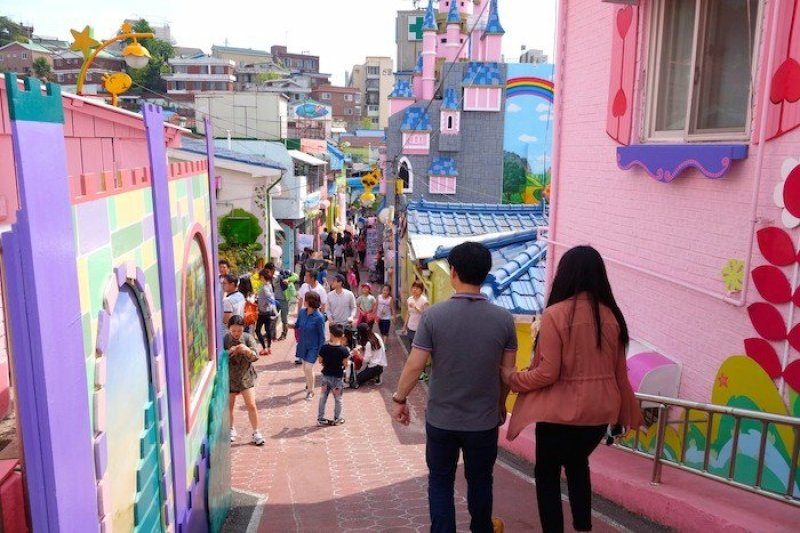 Songwol-dong Fairy Tale Village for your 4 days Korea itinerary