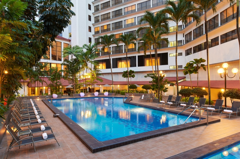 york hotel singapore pool