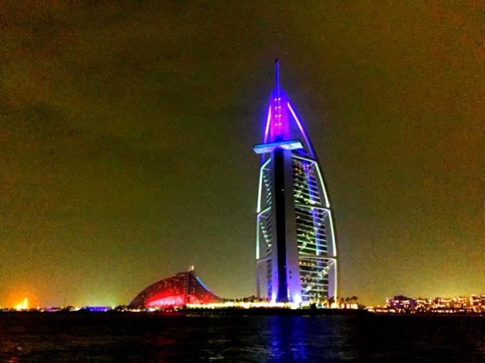 đi du thuyền ở Dubai