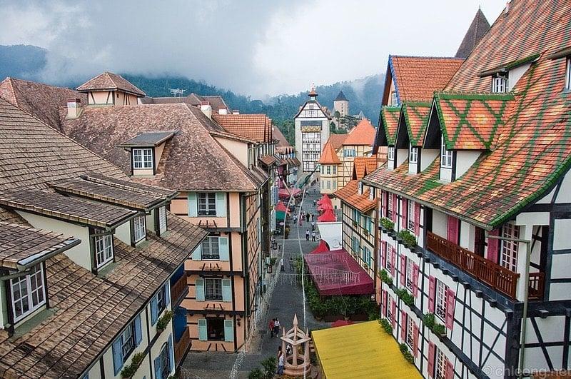 Tour Europe Around Southeast Asia Towns
