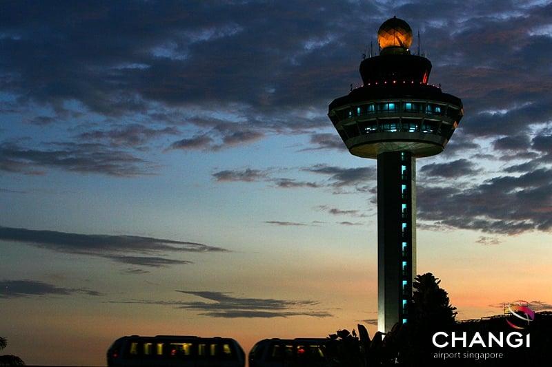 Chơi gì ở sân bay Changi
