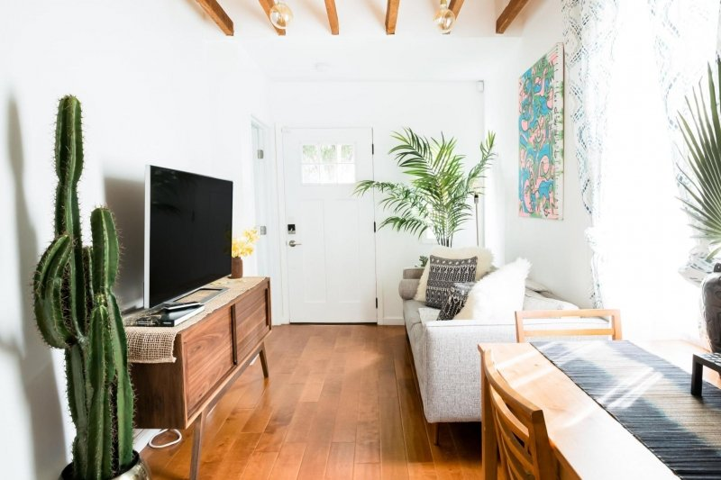 airbnbs in los angeles