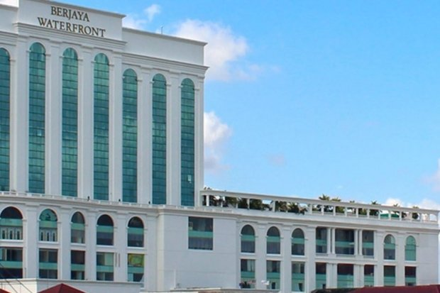 1-for-1 One Room Night at Berjaya Waterfront Hotel, Johor Bahru with HSBC