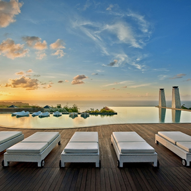 Up to 40% Off Best Available Rate in Banyan Tree Ungasan, Bali with Maybank