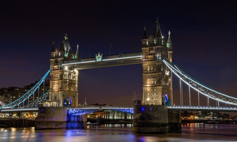 famous bridges in the world: tower