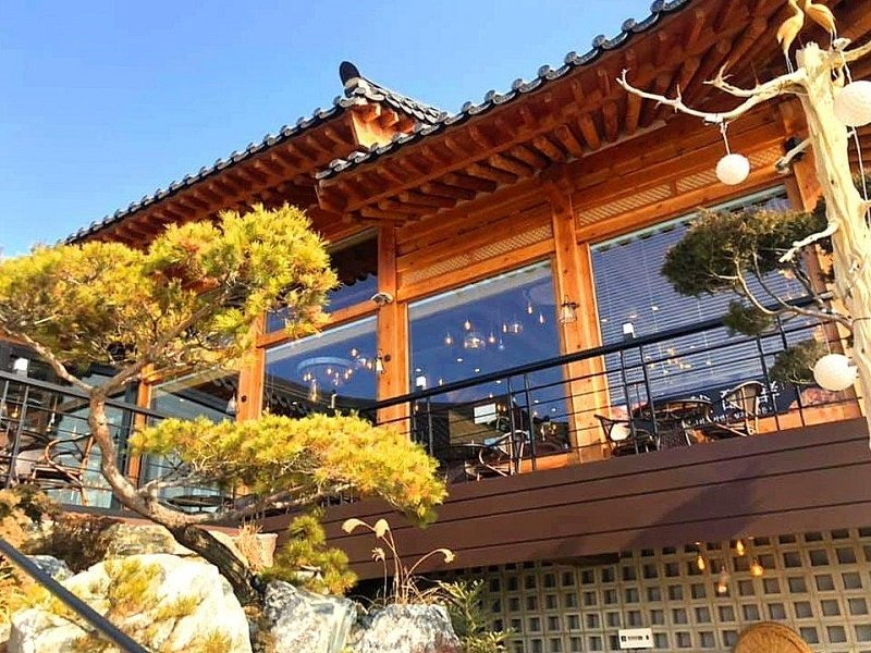 Instagrammable cafes in Gangwon: Bakery Gung