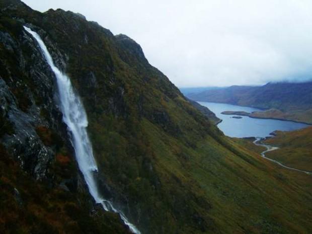 Thác Eas a' Chual Aluinn - thác nước đẹp nhất thế giới