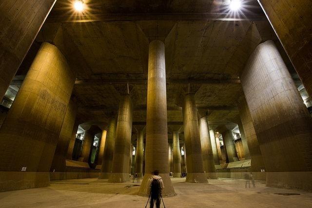 Địa Điểm Chụp Hình Sống Ảo Ở Tokyo Kênh xả ngầm