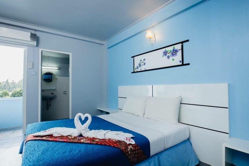 budget hotels in phuket