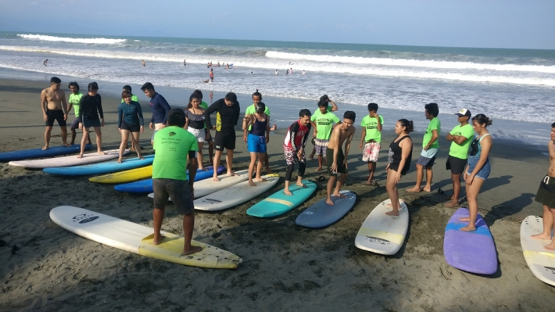 surf lessons baler