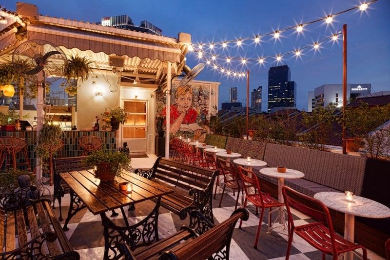 rooftop bar singapore