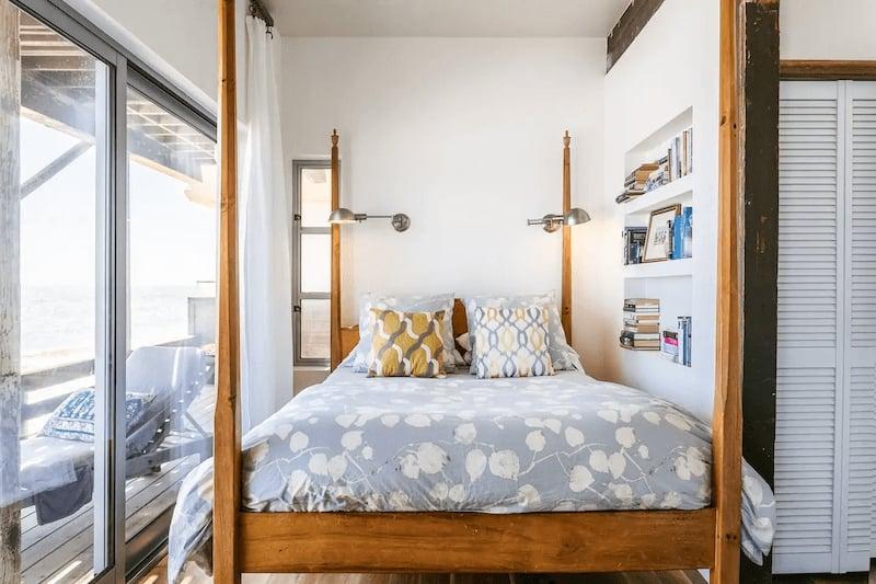 Romantic Beachfront Apartment in Malibu