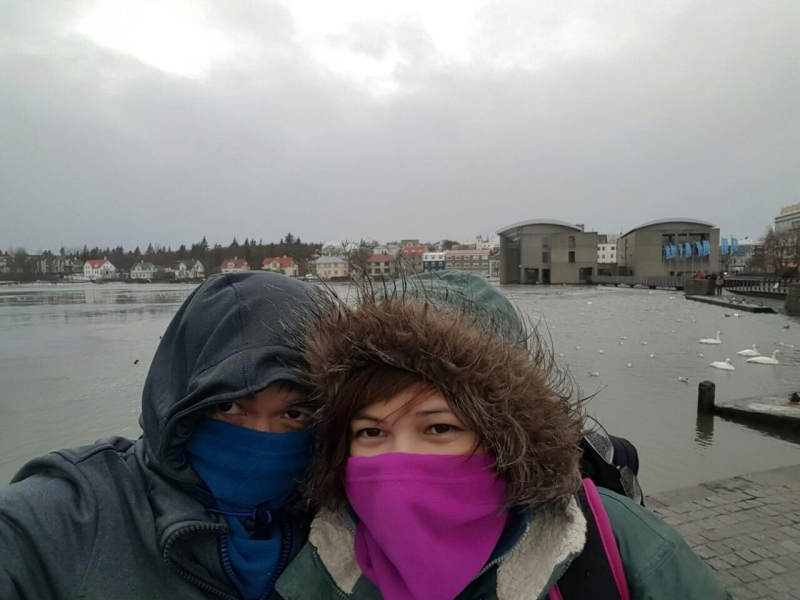 filipino guide surviving iceland winter