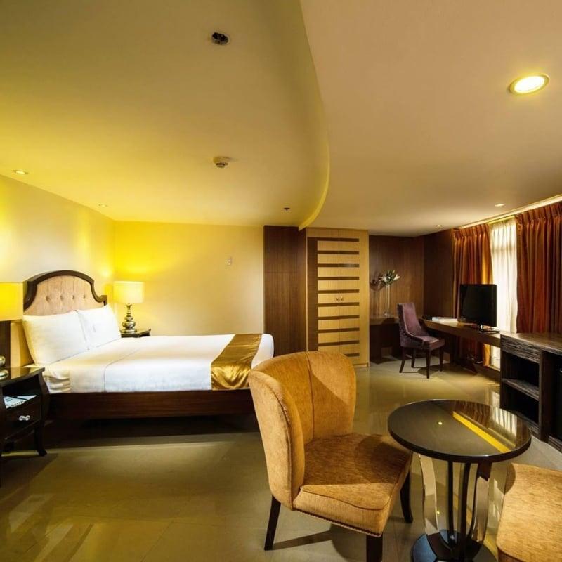 quezon city hotel