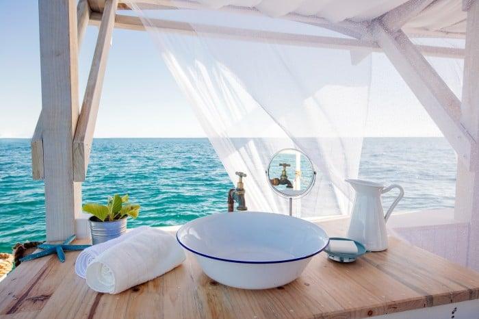 floating bedroom basin