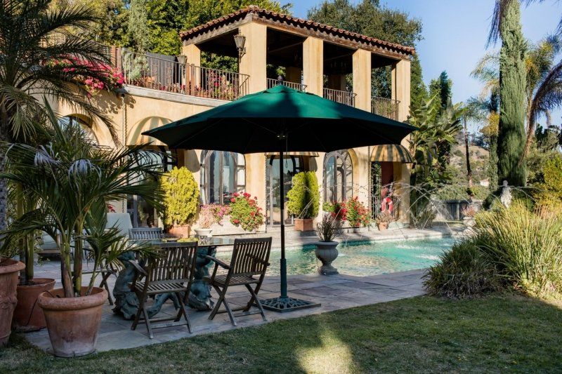 house featured in entourage, the bachelorette, real housewives of beverly hills