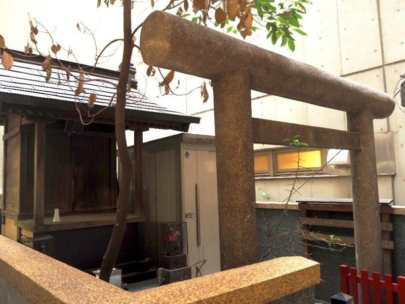 Hanabusa Inari Shrine