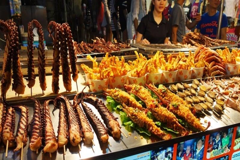 chơi gì ở Cao Hùng(Kaohsiung) ăn vặt