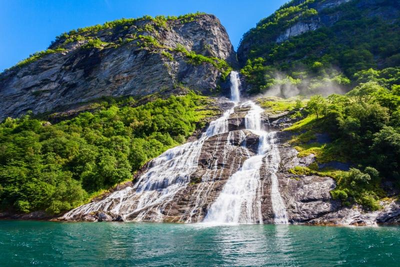 Seven Sisters and Bridal Veil Falls