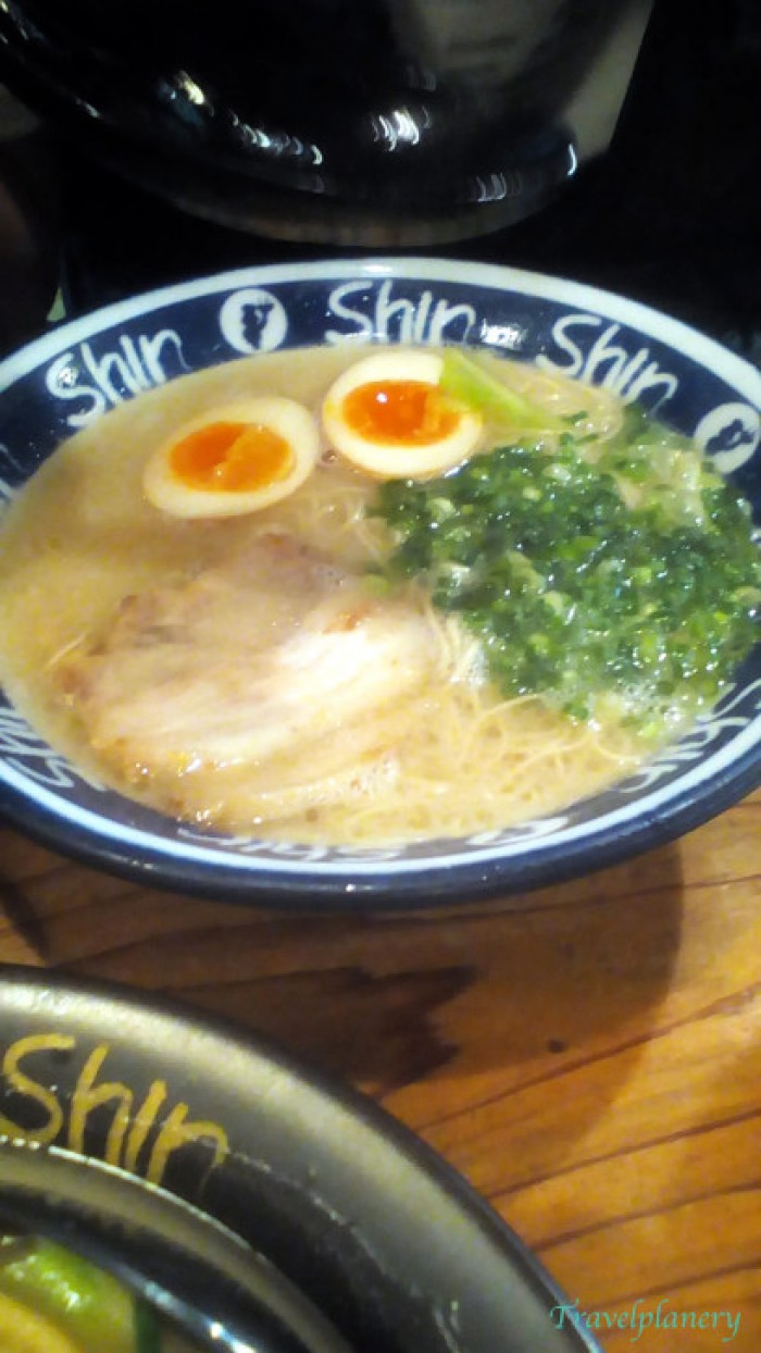 chơi gì ở Fukuoka Shin Shin Ramen
