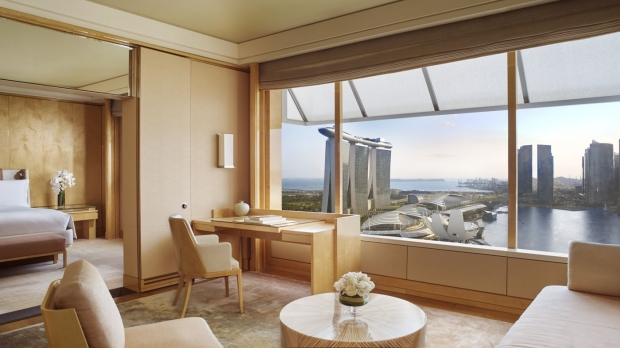 Suite Surprise Offer from SGD750 in The Ritz-Carlton Millenia Singapore