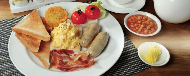 Breakfast on Us Offer in Singapore Marriott Tang Plaza Hotel