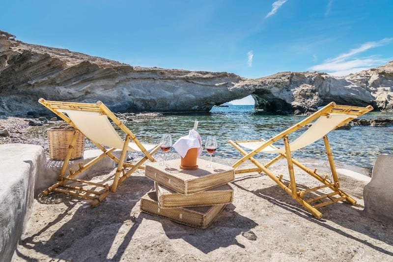 17 Best Airbnbs in Greece for Your Dream Getaway