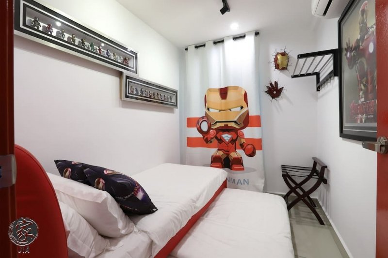 marvel airbnb
