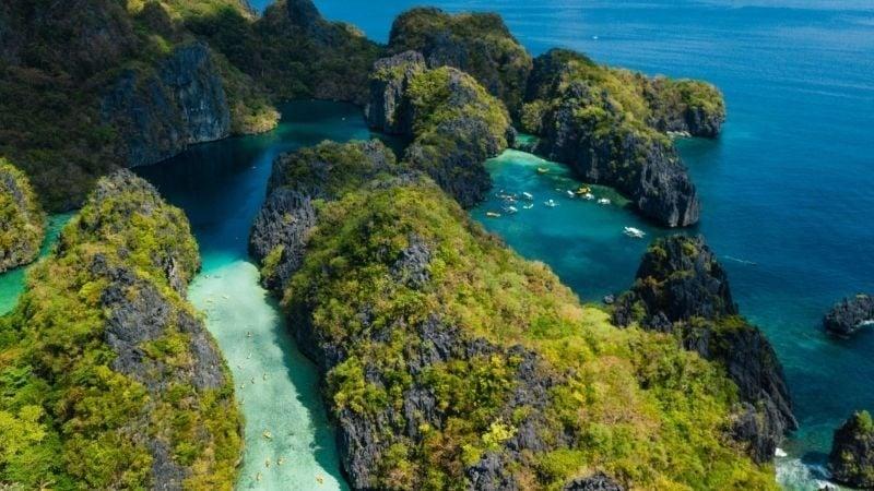 El Nido or Phi Phi Islands