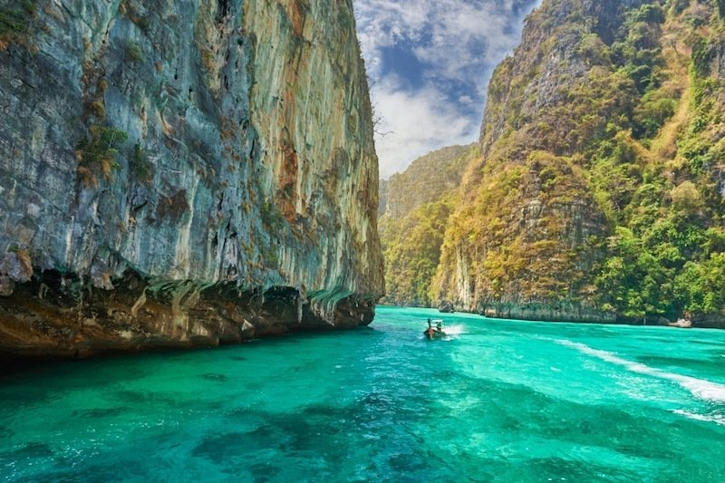 thailand open for tourism