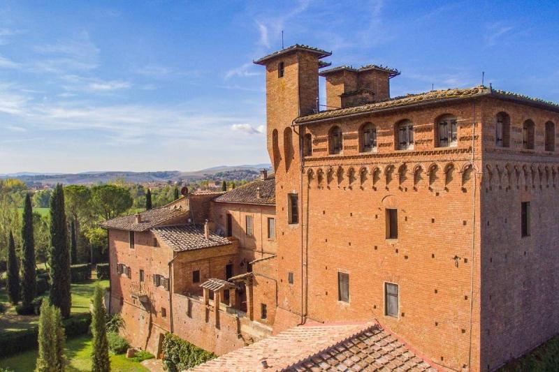 Airbnb Castle: Castello di San Fabiano