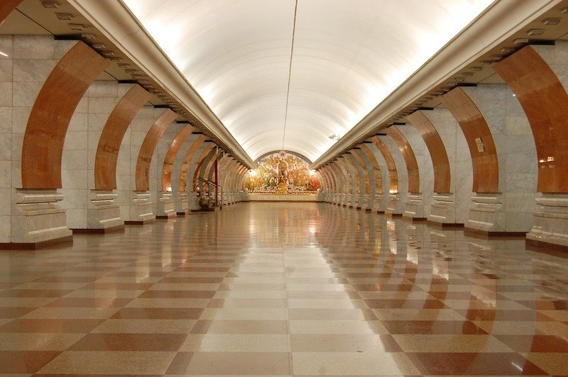 travel to russia: metro