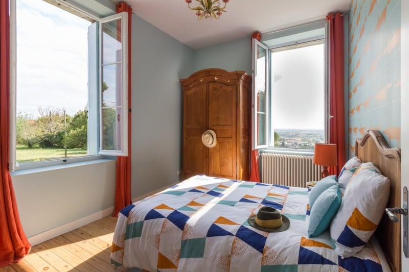 Airbnb Castle: Bastane