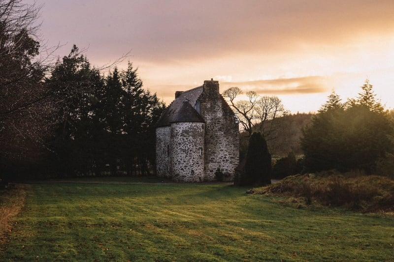 Airbnb Castle: Kilmartin Castle in Scotland