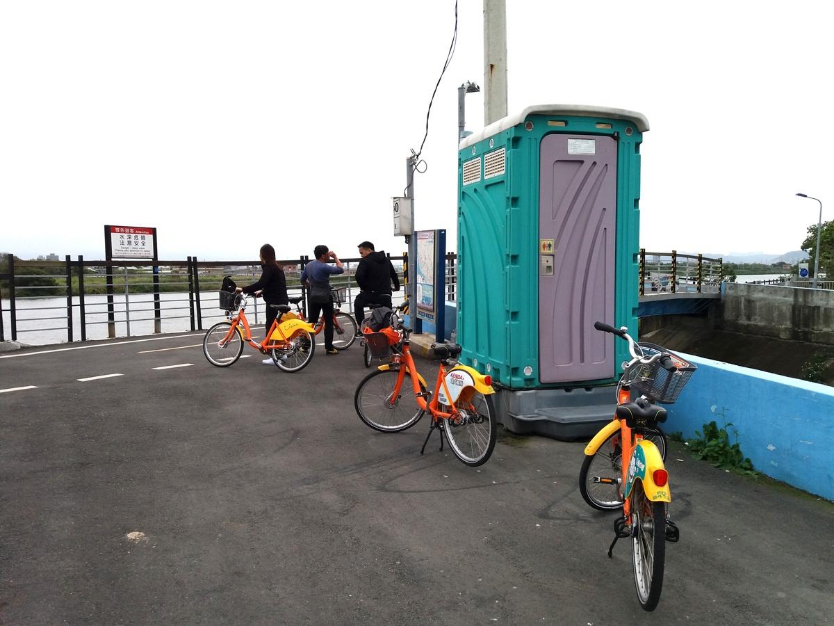 biking in tapei