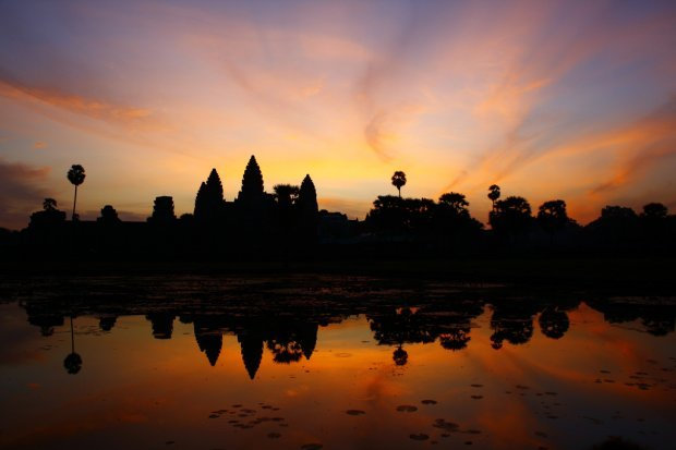 angkor wat cambodia sunset