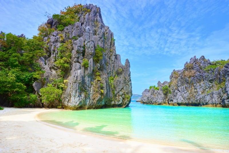 take hidden beach as one of your El Nido photos