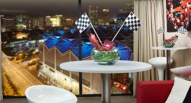 2017 Singapore Night Race Package with Suite from SGD2,000++ in Marina Mandarin